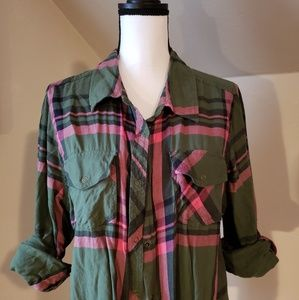 Arizona plaid button up